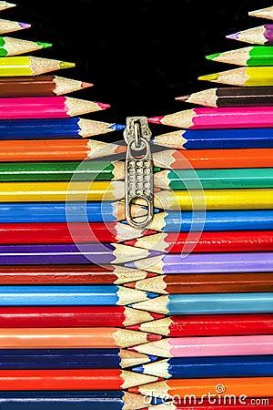 Pencils Zip Vertical