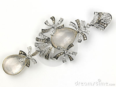 Pendant with pearls and diamonds