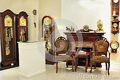 Pendulum clock shop