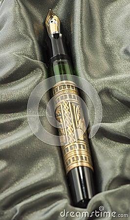 Penna di fontana con il panno