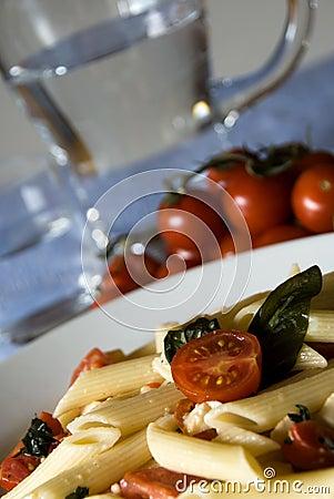 Penne, tomatoes, mozzarella - Italian pasta