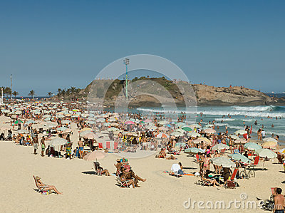 People on Arpoador Beach during the Summer- Rio de Janeiro Editorial Photography
