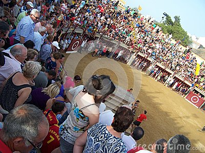 People in bull arena in Oropesa del mar Editorial Stock Image