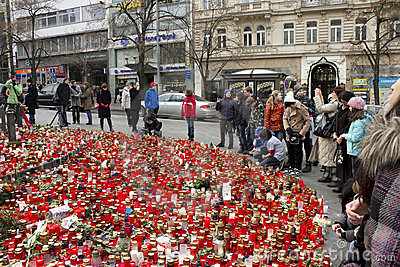People giving tribute to Vaclav Havel Editorial Stock Image