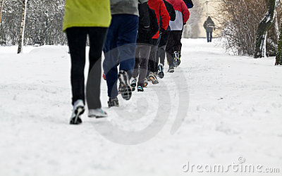 People running in winter park