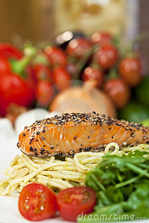 Peppered Salmon, Pasta, Tomatoes, Green Salad