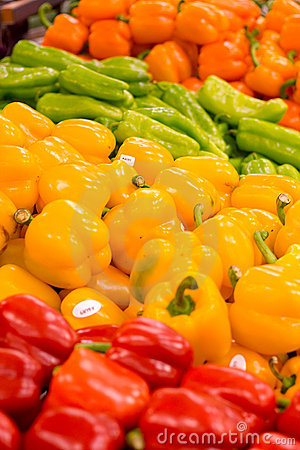 Free Peppers At The Grocer S Royalty Free Stock Photos - 404698