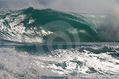 Perfect Wave offshore