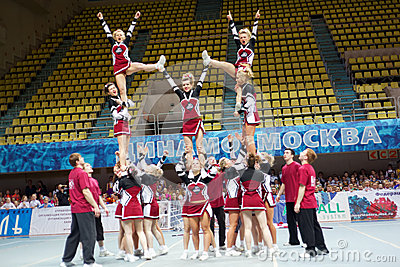 Performance of cheerleaders team Assol at Championship Editorial Stock Image