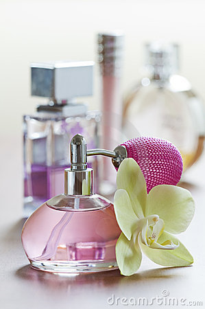Free Perfume Stock Image - 10487141