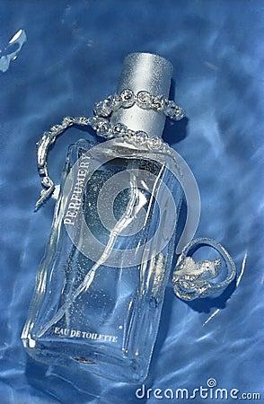 Perfume and bijou