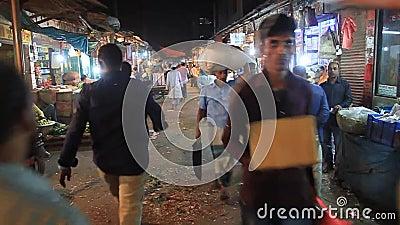 Persone al mercato di Khulna, Bangladesh stock footage