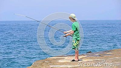 Pesca adolescente almacen de video