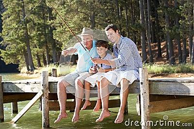 Pesca del padre, del hijo y del nieto junto
