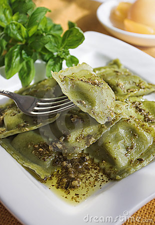 Free Pesto Ravioli Stock Photos - 1798433