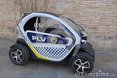 petite voiture de police lectrique valence espagne image ditorial image 61138895. Black Bedroom Furniture Sets. Home Design Ideas