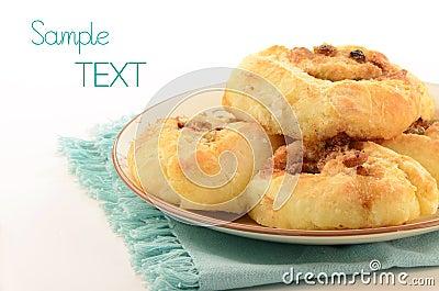 Petits pains de cannelle faits maison