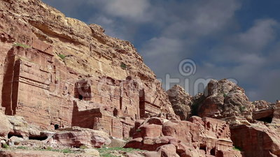 Petra, Jordania, Oriente Medio -- es un símbolo de Jordania, así como el ` s de Jordania más-visitó la atracción turística almacen de video