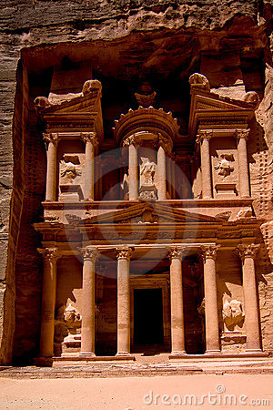 Petra-Treasury Royalty Free Stock Images - Image: 10302609