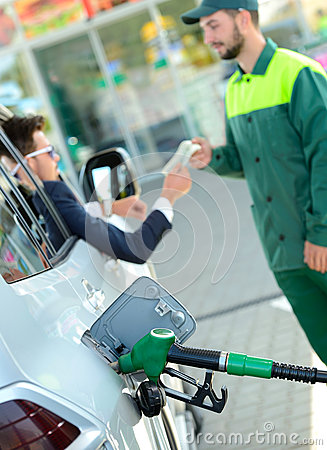 Free Petrol Filling Station Royalty Free Stock Photo - 44924985