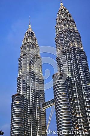 Petronas Towers – Kuala Lumpur, Malaysia