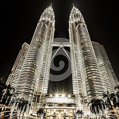 Free Petronas Twin Towers In Kuala Lumpur, Malaysia Stock Images - 35086894