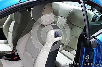 Peugeot 207cc Car interior