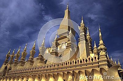 Pha That Luang Pagoda