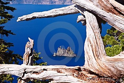 Phantom Ship, Crater Lake