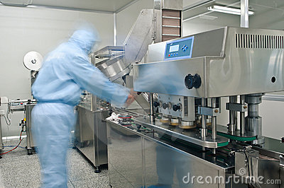 Pharmaceutical production line