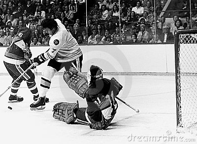 Phil Esposito v. Billy Smith Editorial Image