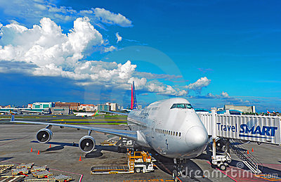 Philippine airlines aircraft at manila airport Editorial Image