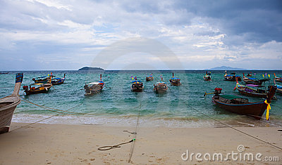 PhiPhi island long tail boats