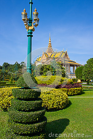 Phnom Penh kings palace garden