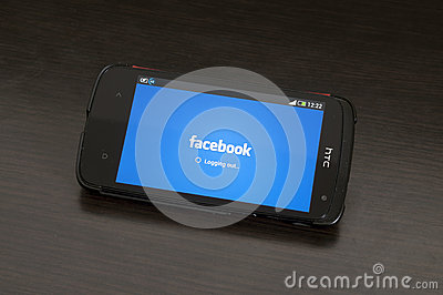 Photo of a HTC Desire device, Logging out from Facebook