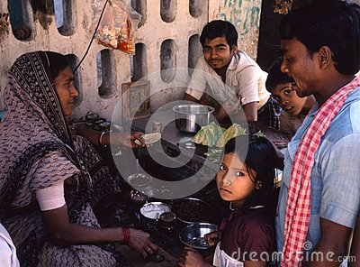 photograph of a panshop with customer in Varanasi, India