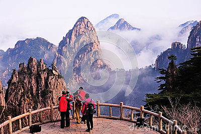 Photographer in Huangshan Mountain Editorial Stock Image
