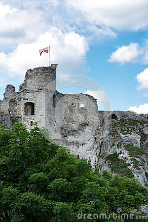 Free Photography Of Ruins Ogrodzieniec Castle Stock Image - 96970621