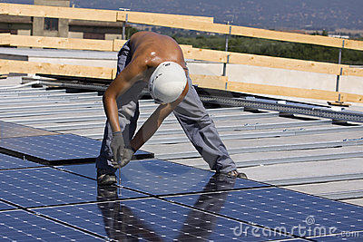 Photovoltaic panels laborer