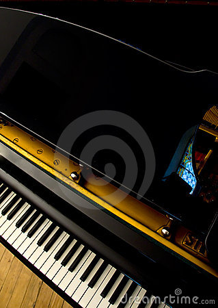 Free Piano Royalty Free Stock Images - 5439459