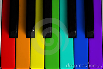Piano colorido arco-íris
