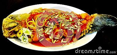 Piatti di pesci cinesi immagine stock libera da diritti for Piatti cinesi piu mangiati