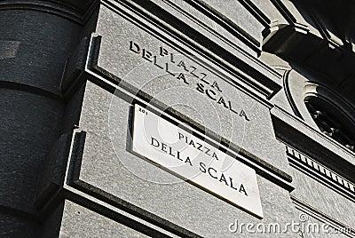 Piazza della Scala signboard