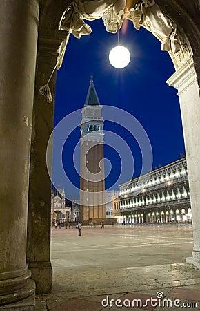 Free Piazza San Marco Campanile Royalty Free Stock Photo - 2203785