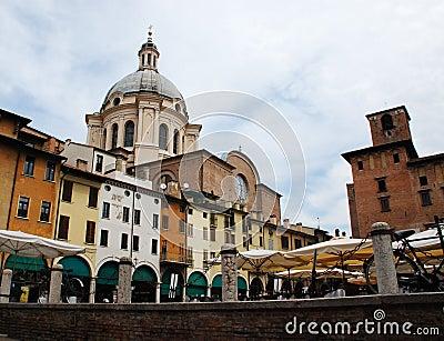 Piazza Sordello in Mantova