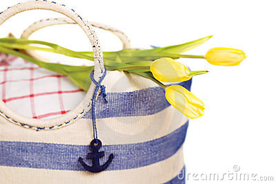Picnic bag with flowers
