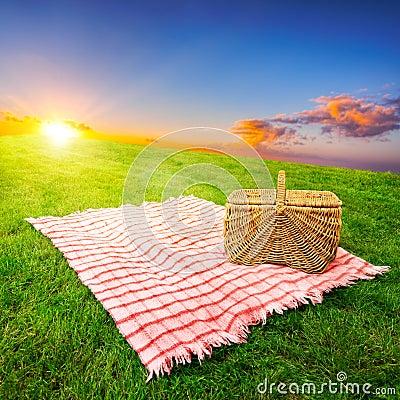 Free Picnic Blanket & Basket Royalty Free Stock Images - 24595459