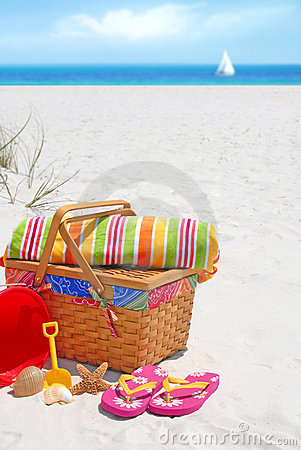 Free Picnic On Sand Dune Stock Images - 10406444