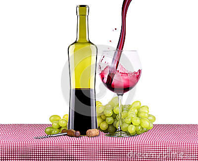 Picnic with red wine and grapes