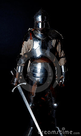 Picture of knight in heavy armour